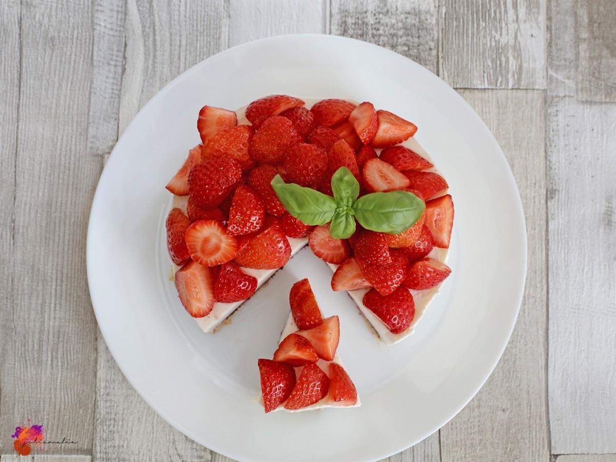 Joghurt Torte Erdbeer