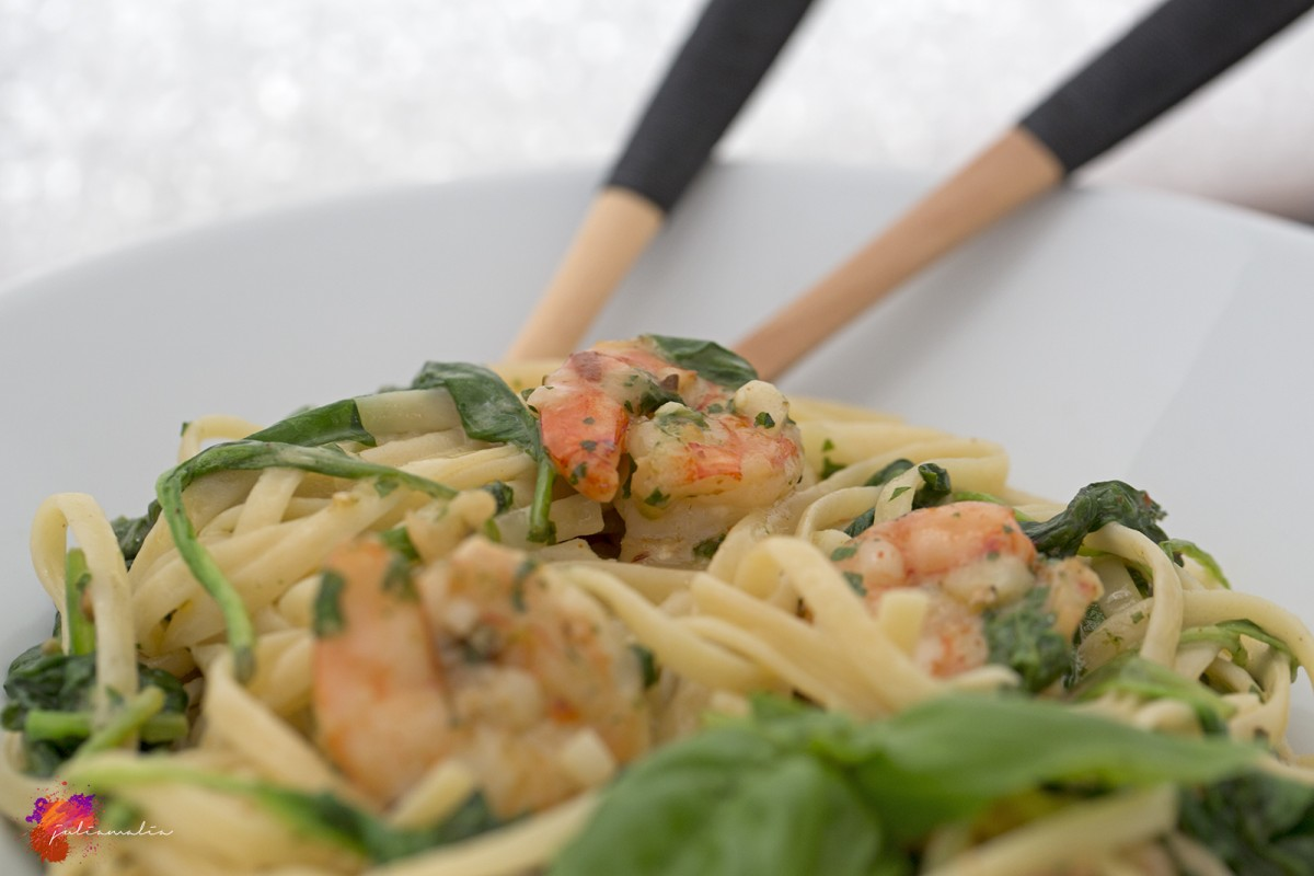 One Pot Lemon Garlic Shrimps Pasta Rezept