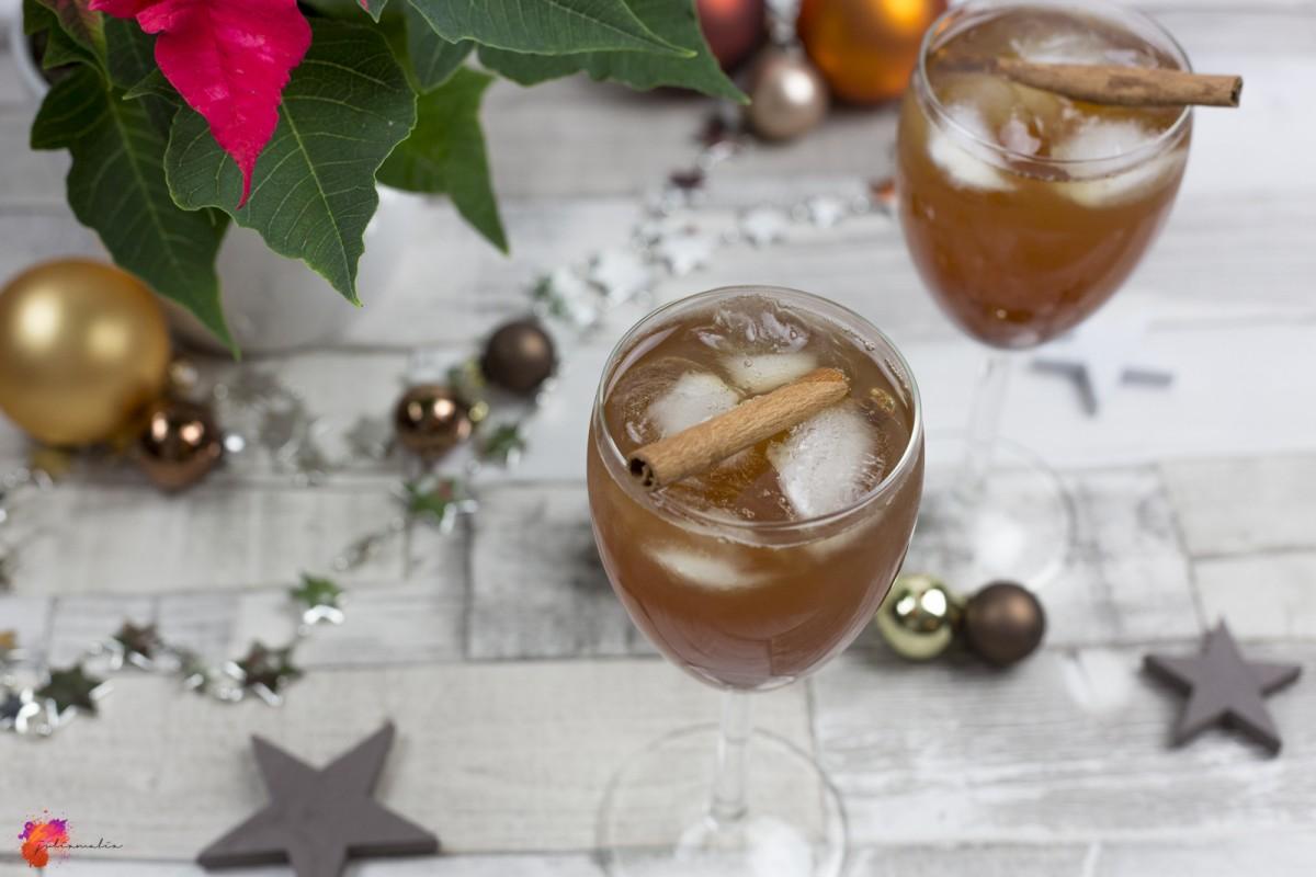 weihnachtlicher Cocktail Rezept einfach