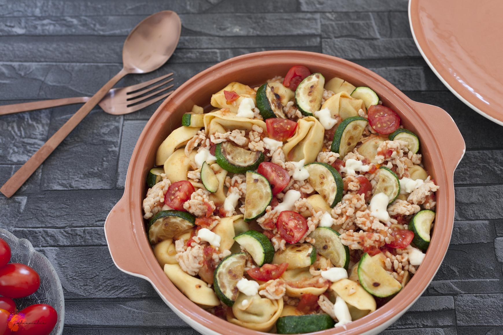 schnelle und einfache Tortellini Pfanne mit Zucchini | juliamalia